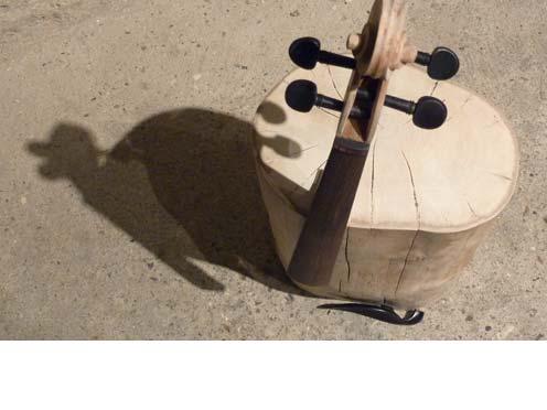 Hinchee Hung Cracking-up-violin